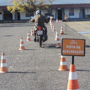 Bateria promove ação de conscientização sobre acidentes com motocicleta