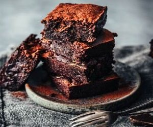Brownie de batata-doce e chocolate