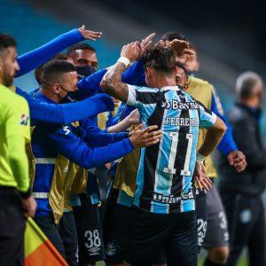 Grêmio vence o Lanús, é líder isolado do Grupo H e segue 100% na competição