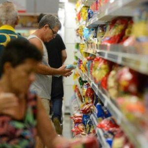 Ipea: inflação desacelera para todas as faixas de renda em abril