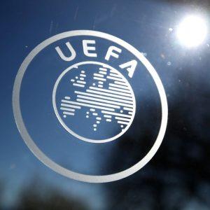 Uefa anuncia sanções a clubes, após acordo com desertores da Superliga