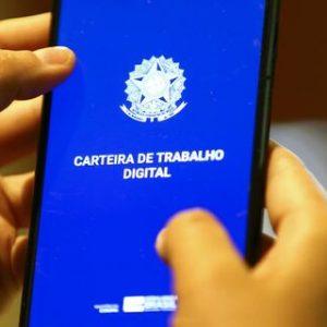 Brasil tem 309 mil contratações a mais que demissões em junho