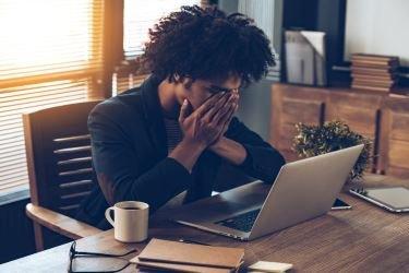 Frustrações no trabalho: como lidar com a decepção profissional?