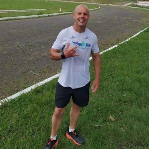 Triatleta santanense pede apoio à comunidade para disputar competição em Osório