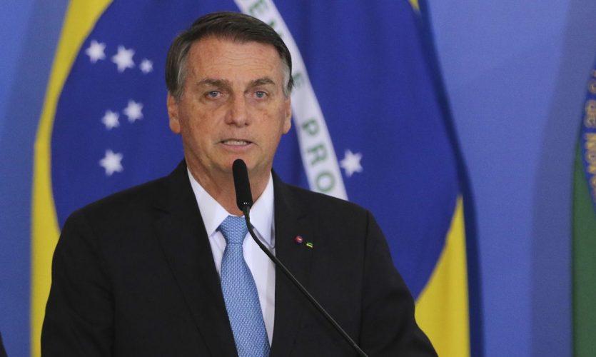 O presidente Jair Bolsonaro, participa de cerimônia de cumprimentos aos oficiais-generais promovidos